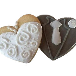18 Bride and Groom Heart Cookie Favors