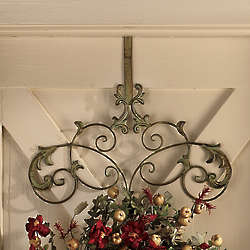 Metal Wreath Holder