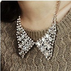 Pointed Bow Tie Collar Necklace
