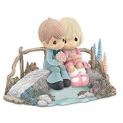 Thomas Kinkade Precious Moments Love Bridges Our Hearts Figurine