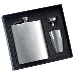Calendered Finish Flask with 2 Shot Glasses