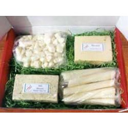 Havarti, Dill Havarti, Cheese Curds, and String Cheese Gift Box