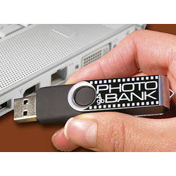 8GB USB Photo Keeper