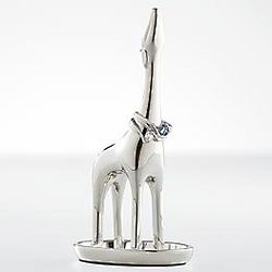 Baby Giraffe Ring Holder