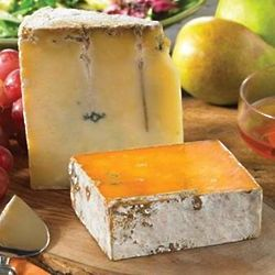 Roelli Cheddar and Blue Cheddar Gift Box