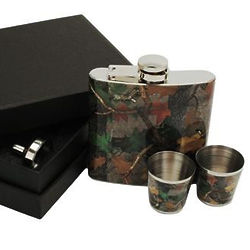 Camoouflage Flask with Shot Glasses Gift Set