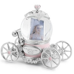 Princess Carriage Snow Globe