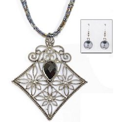 Exotic Filigree Pendant Necklace and Earring Set