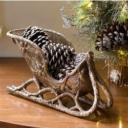Old World Sleigh Centerpiece