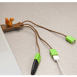 Squirrel USB Hub