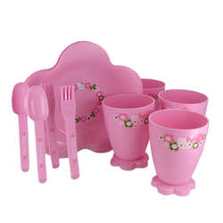 Hello Kitty 17 Piece Pink Dish Set