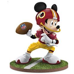 Mickey Mouse Washington Redskins Quarterback Hero Figurine