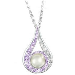 Crystal and Cultured Pearl Pendant Necklace for Daughters