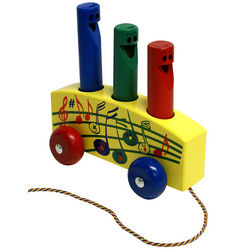 Wooden Pull Toy with 3 Removeable Whistles