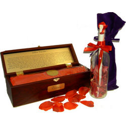 Deluxe Fellow Traveler Message in a Bottle and Chest