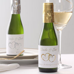 Personalized Heart Design Wine Bottle Wedding Favors