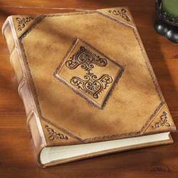 Antico Scrapbook