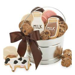 Milk and Cookies Treats Pail