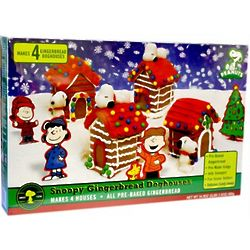 Snoopy Mini Gingerbread Doghouses Kit