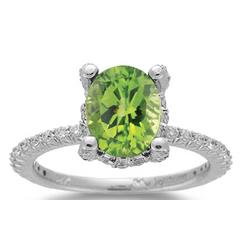 0.56 Ct Diamond & 2.50 Ct Peridot Ring in 14K Gold