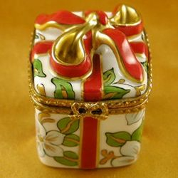 Christmas Present with Red Bow Limoges Box