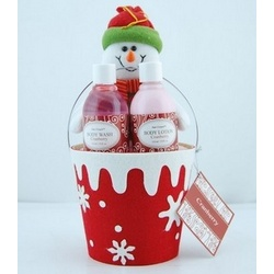 Cranberry Holiday Bath Set