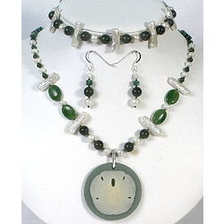 Jadeite and Pearls Necklace, Bracelet and Earrings Set