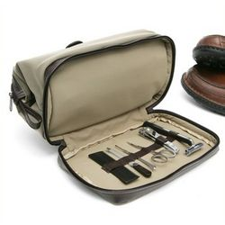 Dopp Leather Case with Manicure Set