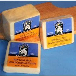 Raw Goat Milk Sharp Cheddar Cheese Gift Box