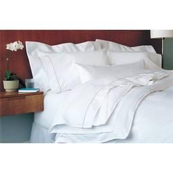 Luxury Suite Deluxe Bedding Package